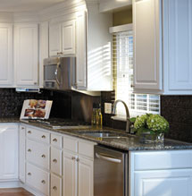 Simple and stylish looking renovated kitchen using Aristokraft cabinetry