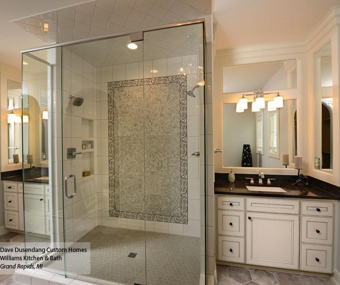 White bathroom vanities with glazing