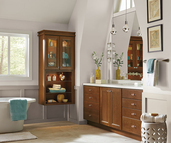 cherry_cabinets_casual_bathroom