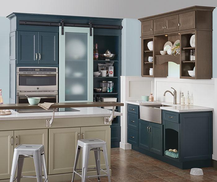 neutral_kitchen_blue_cabinets